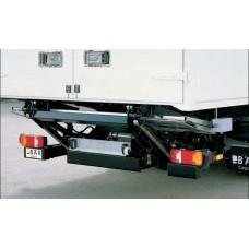 Гидроборт Bar серии Falt, модель BC 1000 F4 грузоподъемностью 1000 кг для среднего класса транспортных средств.