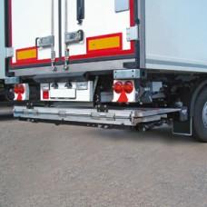 Гидроборт Bar серии RetFalt, модель BC 2000 R2Т грузоподъемностью 2000 кг для среднего и тяжелого класса транспортных средств.