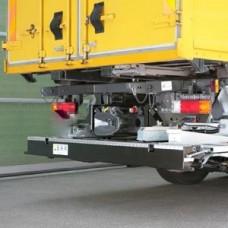 Гидроборт Bar серии Ret/HydFalt, модель BC 1500 R42 грузоподъемностью 1500 кг для среднего и тяжелого класса транспортных средств.